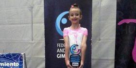 Elena Plaja Quirós, oro en la categoría Prebenjamin Precopa durante el Campeonato de Andalucía de Gimnasia Rítmica